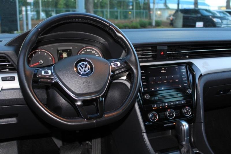 Volkswagen Passat 2020 price $23,889
