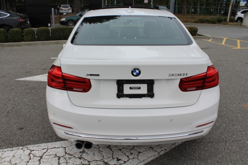 BMW 3-Series 2017 price Call for Pricing.