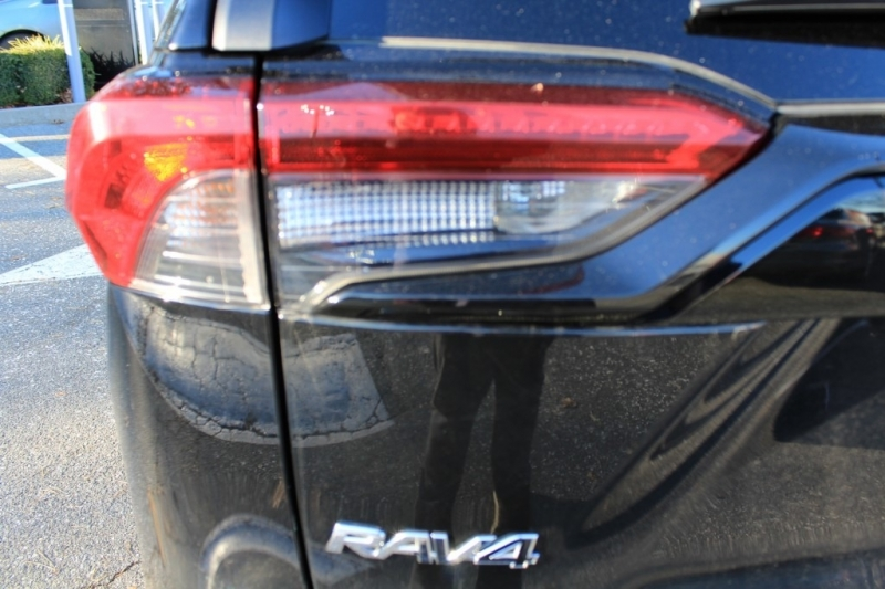 Toyota RAV4 2019 price Call for Pricing.