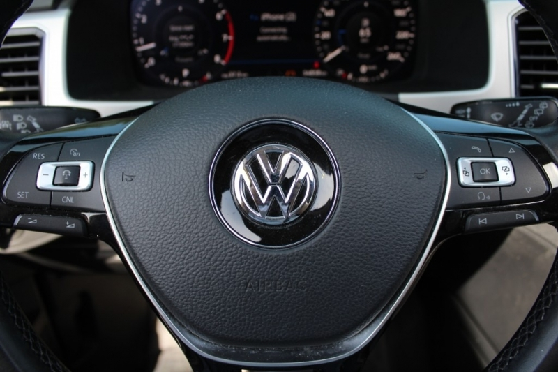 Volkswagen Atlas 2018 price Call for Pricing.
