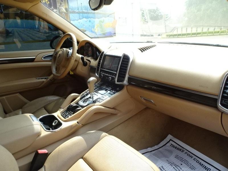 Porsche Cayenne 2011 price $15,995