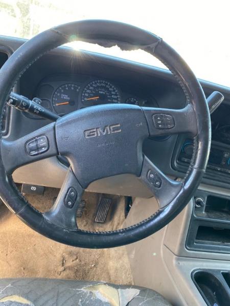 GMC YUKON 2003 price $4,498