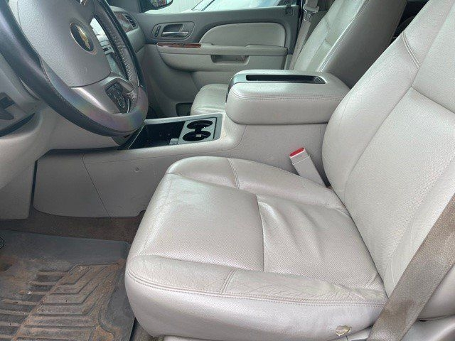 CHEVROLET SUBURBAN 2012 price $13,948