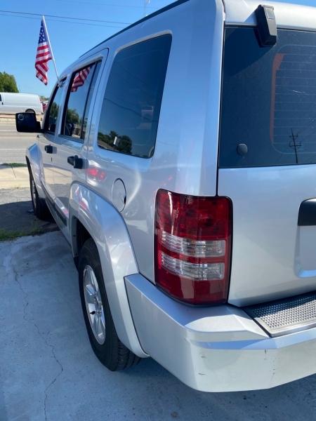 JEEP LIBERTY 2012 price $7,900