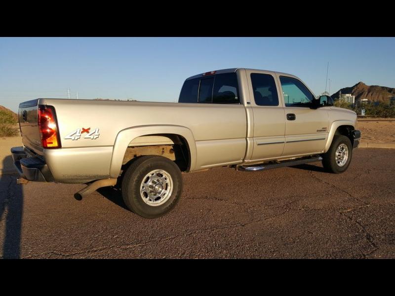 CHEVY SILVERADO 2500HD 4x4 2005 price $15,991