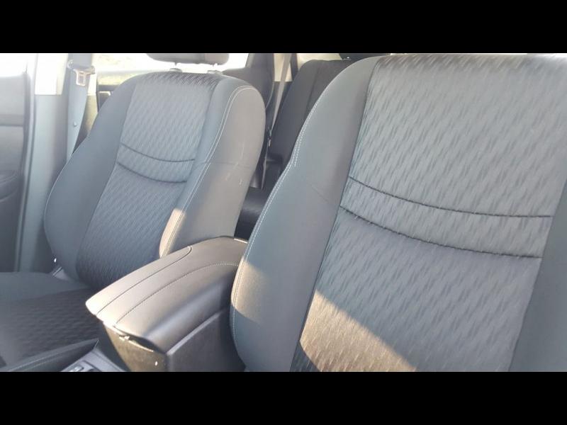 Nissan ROGUE SV 2018 price $19,972