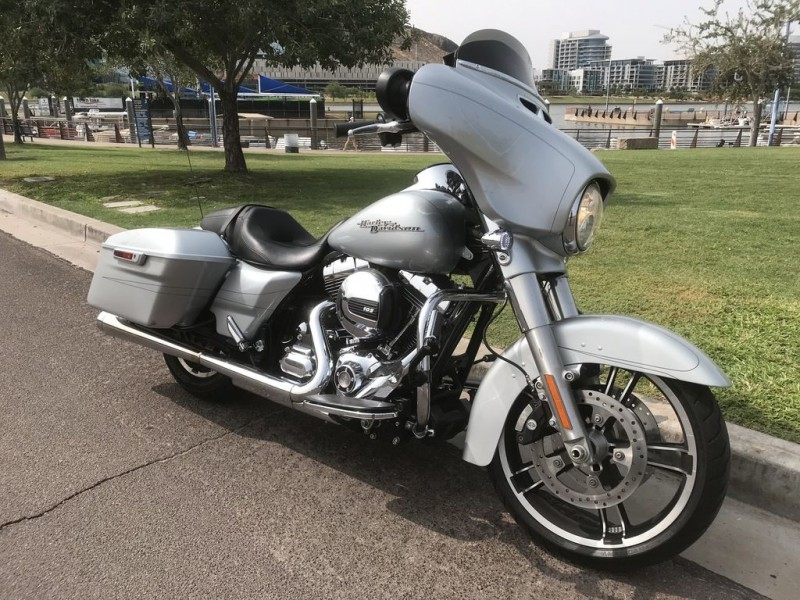 - HARLEY-DAVIDSON FLHXS - Street Glide Special 2015 price $16,995