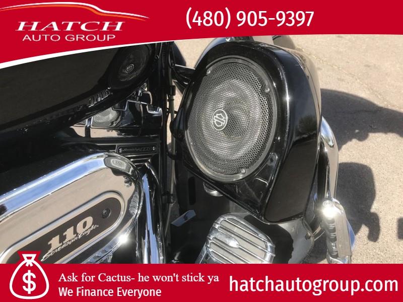 Harley-Davidson FLHXSE3 - CVO Street Glide 2012 price 17991