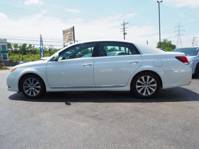 Toyota Avalon 2011 price $12,495