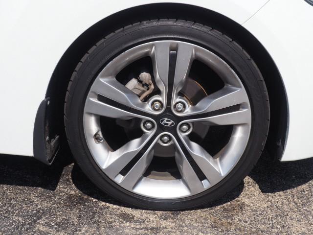 Hyundai Veloster 2012 price $8,995