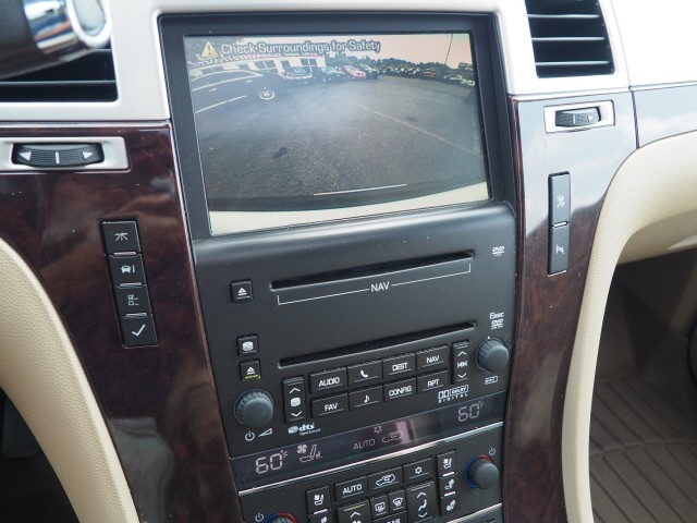 Cadillac Escalade 2010 price $14,995