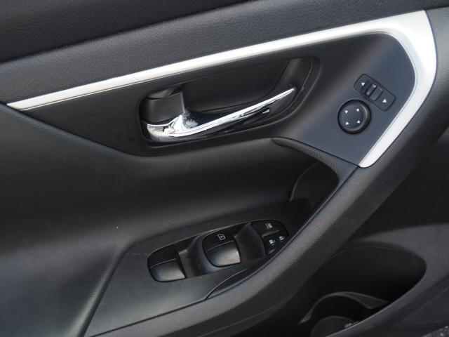 Nissan Altima 2016 price $14,495