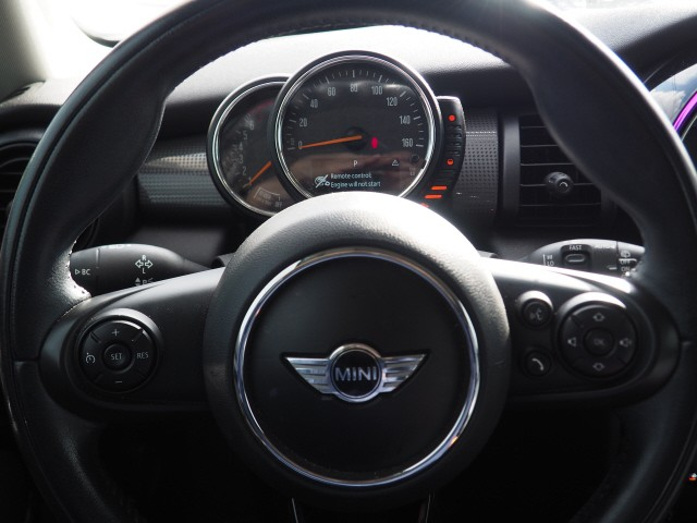 MINI Cooper 2014 price $9,995