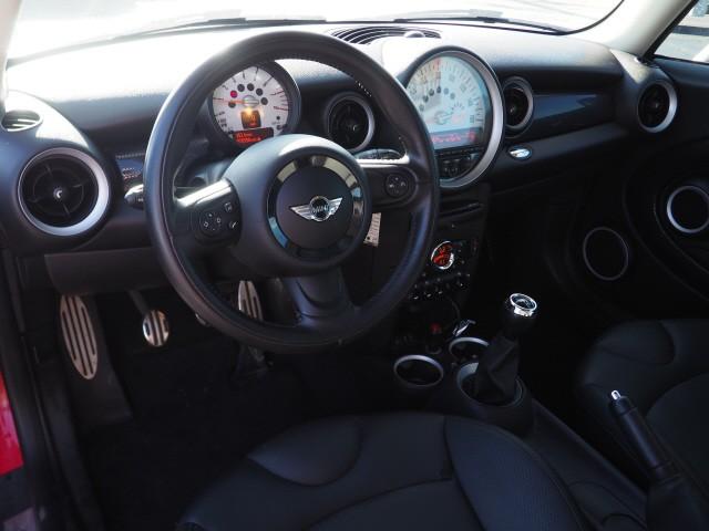 MINI Cooper 2013 price $10,995
