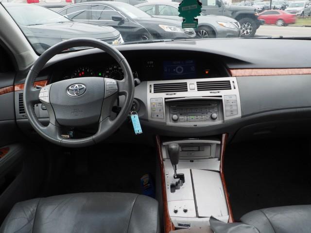Toyota Avalon 2005 price $3,495