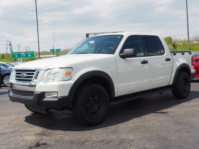 Ford Explorer Sport Trac 2010 price $9,995