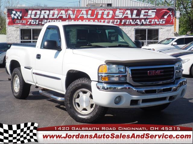 GMC Sierra 1500 2004 price $12,995