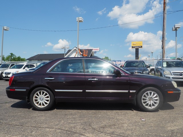 Hyundai XG350 2005 price $4,995