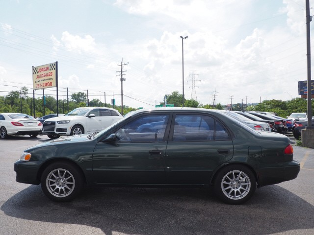 Toyota Corolla 2002 price $3,995