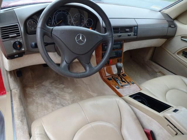 Mercedes-Benz SL-Class 1999 price $13,995