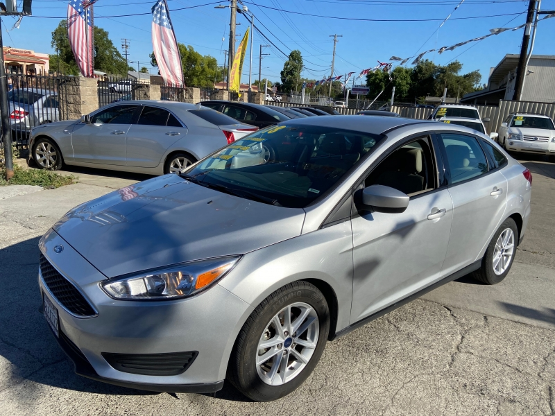 Ford Focus 2018 price $9,999