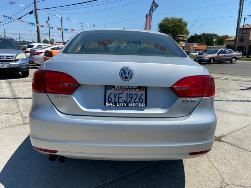 Volkswagen Jetta Sedan 2011 price $7,999