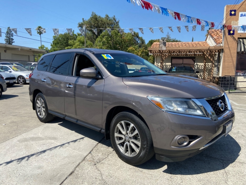 Nissan Pathfinder 2014 price $14,999