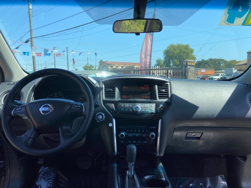 Nissan Pathfinder 2014 price $14,999