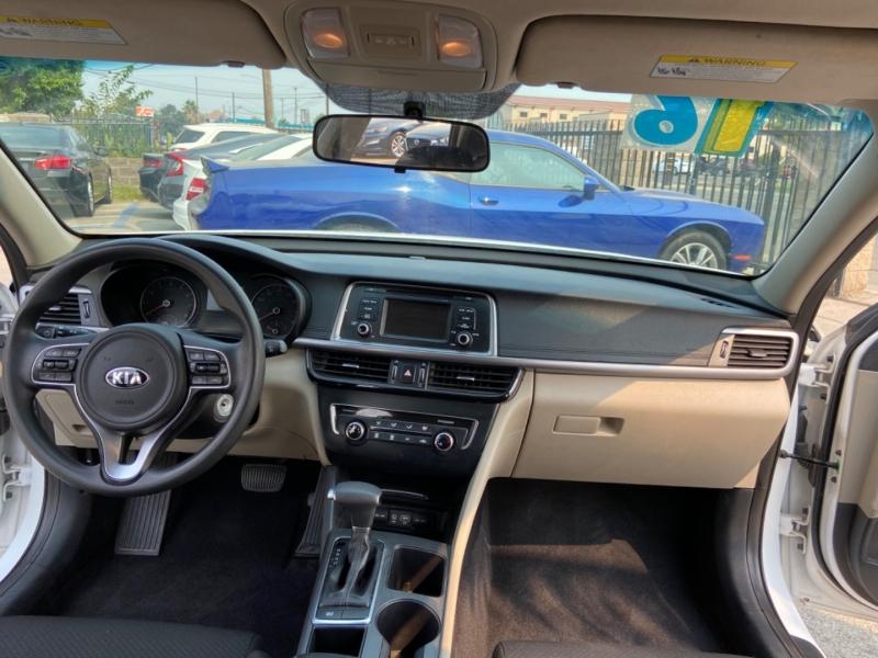 Kia Optima 2016 price $10,999