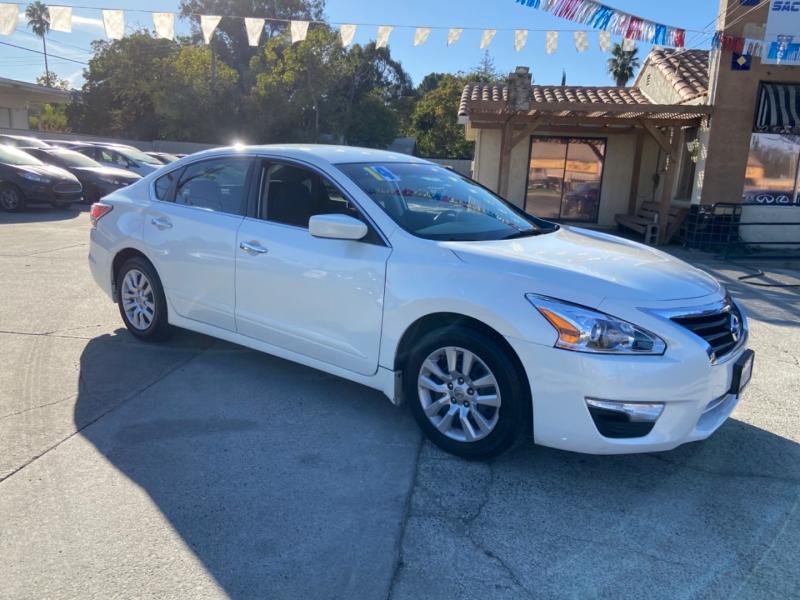 Nissan Altima 2014 price $8,999