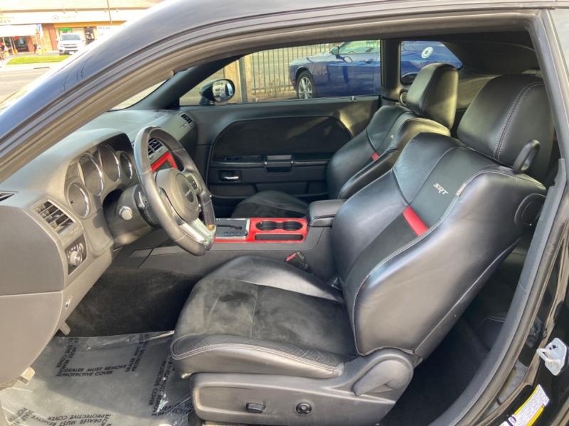 Dodge Challenger SRT8 392 2012 price $17,999