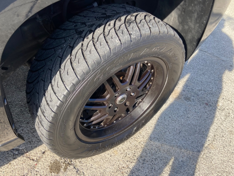 Chevrolet Avalanche 2011 price $10,999