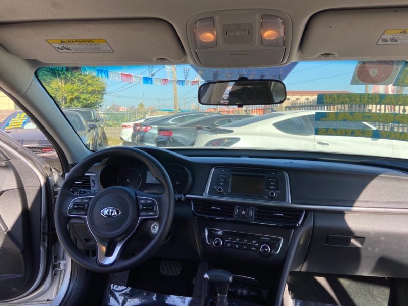 Kia Optima 2016 price $11,999