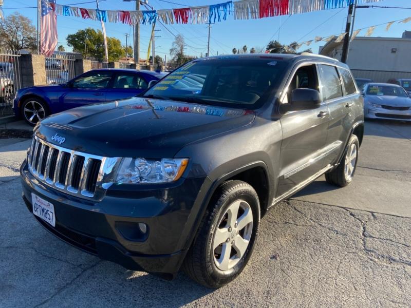 Jeep Grand Cherokee 2011 price $11,999