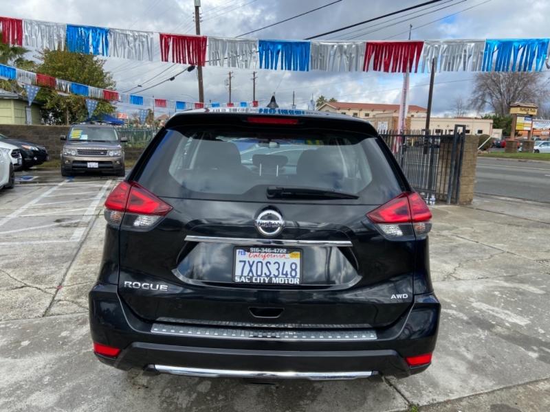 Nissan Rogue AWD S 2017 price $14,999