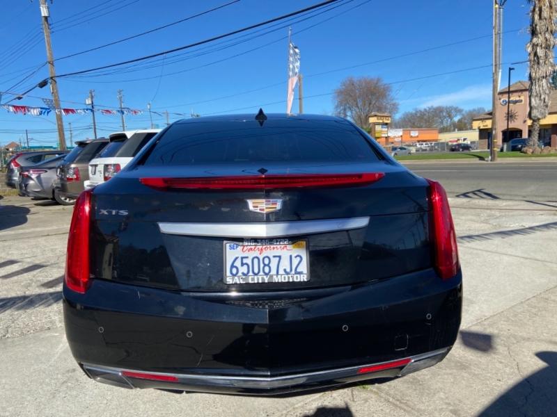 Cadillac XTS 2017 price $16,999