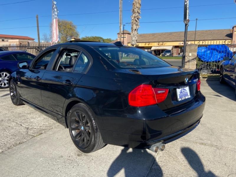 BMW 3-Series 2011 price $10,999