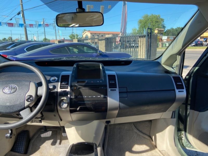 Toyota Prius 2008 price $8,999