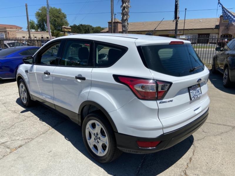 Ford Escape 2018 price $11,999