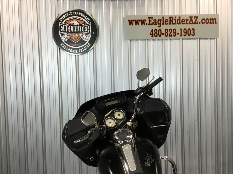 Harley-Davidson FLTRX - Road Glide Custom 2013 price Call for Pricing.