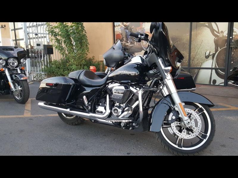 Harley-Davidson FLHX - Street Glide 2018 price $19,495