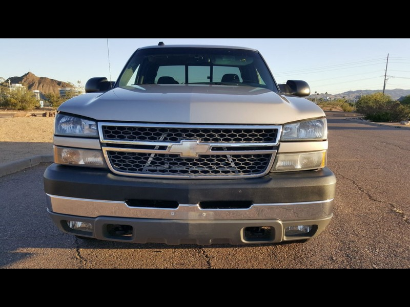 CHEVY SILVERADO 2500HD 4x4 2005 price $16,491