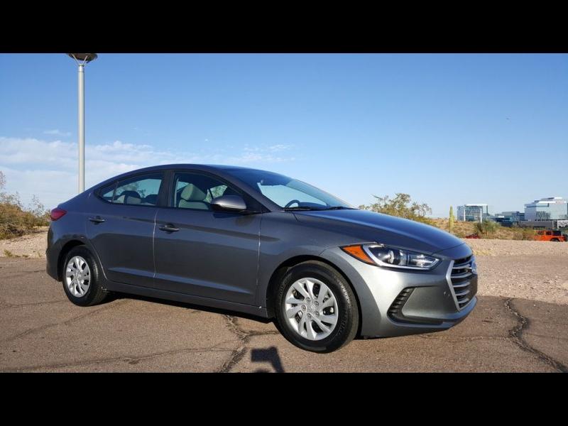 Hyundai Elantra SE 2.0L 6-Speed Automatic Transmission 2017 price $15,648