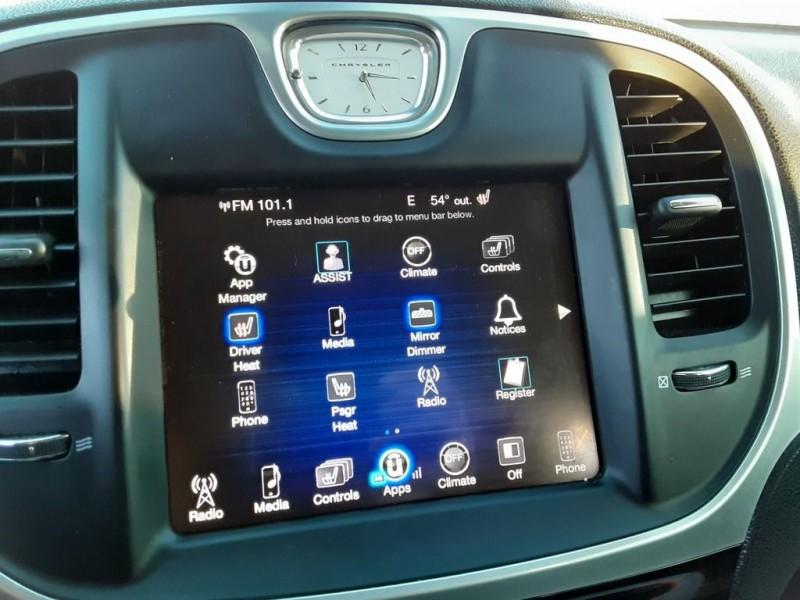 Chrysler 300 LIMITED RWD 2016 price $18,995