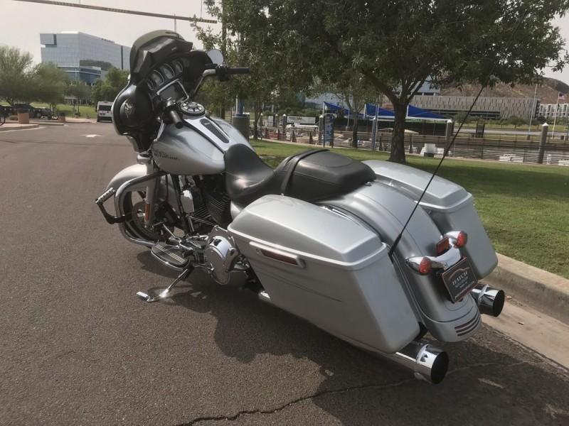 Harley-Davidson FLHXS - Street Glide Special 2015 price $16,995