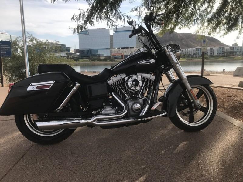 Harley-Davidson FLD - Dyna Switchback 2015 price $11,495