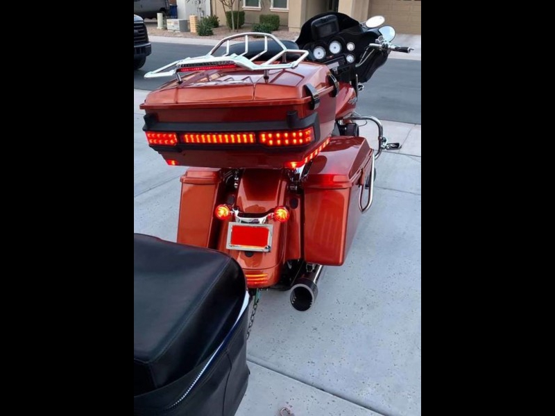 Harley-Davidson FLHX - Street Glide 2011 price $20,000