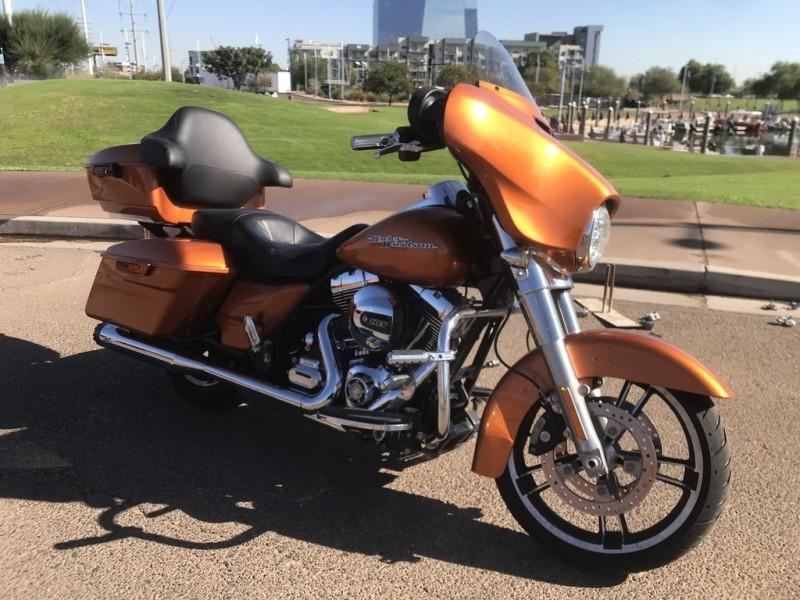 Harley-Davidson FLHX - Street Glide 2016 price $17,495