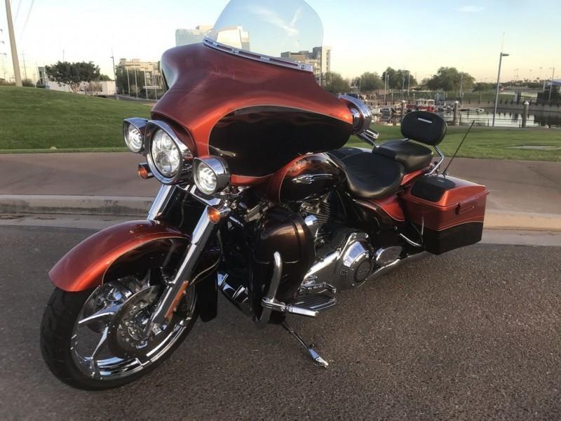 Harley-Davidson FLHXSE3 - CVO Street Glide 2012 price $24,995