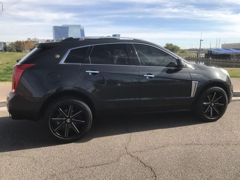 Cadillac SRX Crossover Luxury AWD 2015 price $18,750